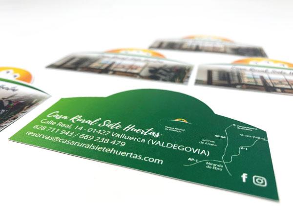 Tarjetas de visita troqueladas | ALUNARTE diseño y comunicación