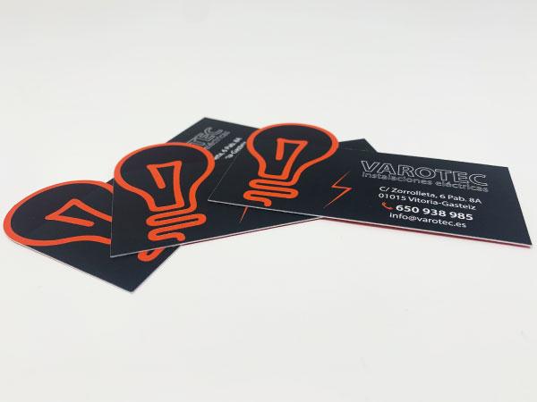 Tarjetas de visita con forma | Alunarte diseño y comunicación